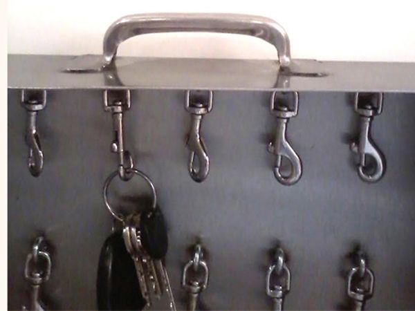 Portable Key Box with Carrying Handle